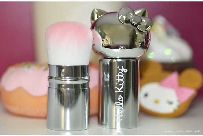 makeup_hello_kitty