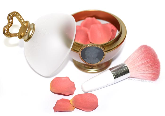 blush-laduree-petalas
