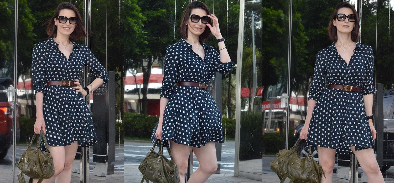 Look do Dia | Vestido rodado de manga longa, cinto e sapatilha
