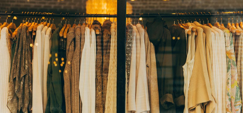 Como eu cuido das minhas roupas   Seda, couro, couro sintético, cashmere e mais.