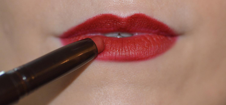 Resenha | Batom Laura Mercier Velour Extreme Matte Lipstick