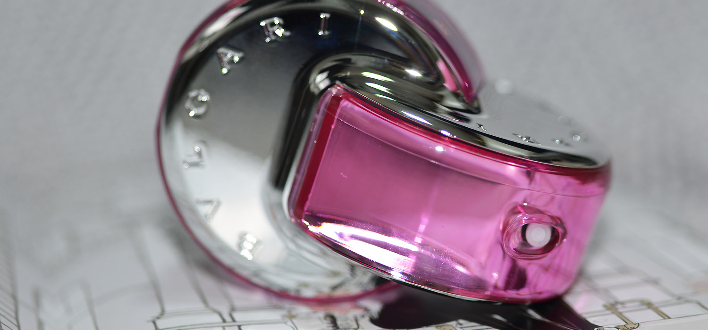 Perfumando   Bvlgari Omini Pink Sapphire, uma jóia de perfume 1c8a8c74f2